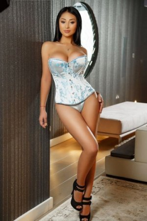 Marie-renée outcall escorts in Archdale and sex parties